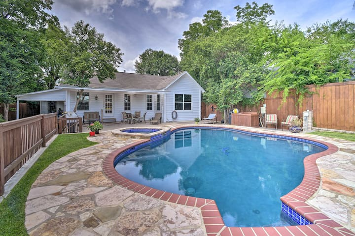San Antonio House w/Private Pool, Spa & Grill