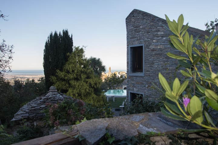 Maison, Piscine, Vue mer et village - Penta-di-Casinca