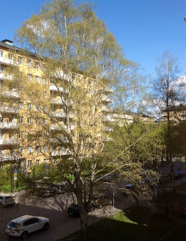 Private bedroom + best location! - Stockholm