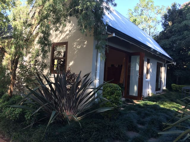 Self Catering Cottage - 97 on Haygarth - Kloof - Chalé