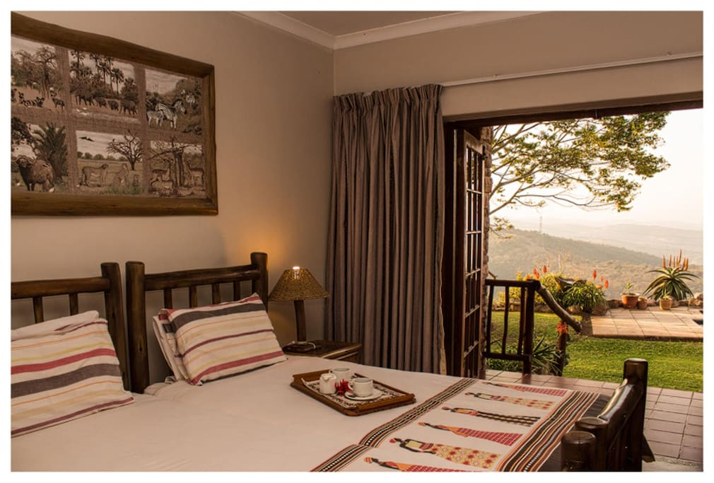 Each room has a view over the pool and valley