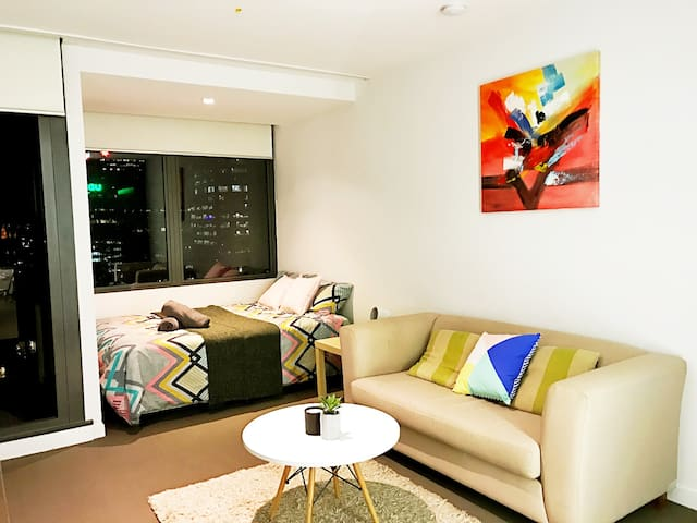 The Sierra studio in Melbourne CBD - Gym + pool - Melbourne - Apartment