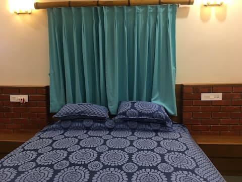 """""""Kiran Ganga"""" Room 1"""