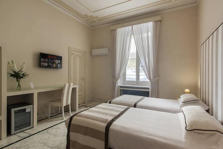 Palazzo Starace -Tripla Deluxe