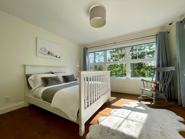 Chambre double 5 / Double Bedroom 5