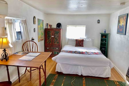 O'Keefe's Cabin,  a studio apartment with a kitchen and bathroom, was built at the turn of last century to house sheep herders. The cabin later served as a motel and some of the artists & writers, friends of Frieda & D.H. Lawrence stayed here.