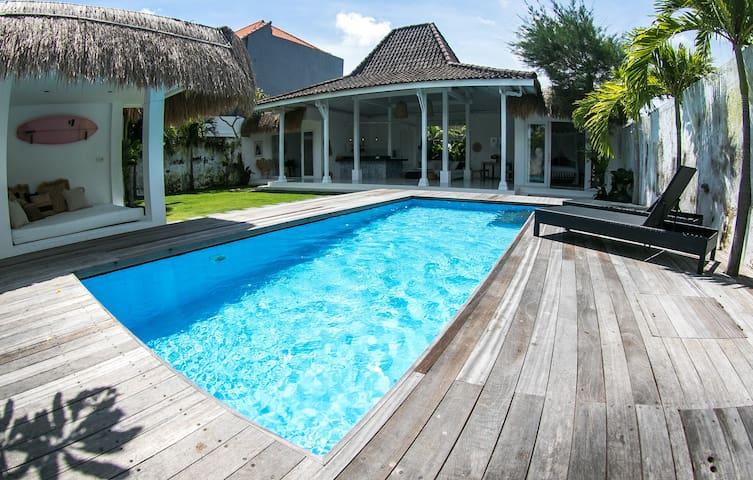 2 Bedroom-large and open Luxury villa, Canggu
