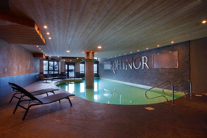 Appartement retour ski aux pieds | Accès piscine, spa + salle de fitness
