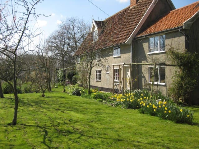 Church Cottage, Saxtead, Suffolk - Suffolk - Rumah