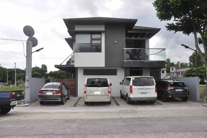 Exclusive Vacation Home Porto Laiya near entrance