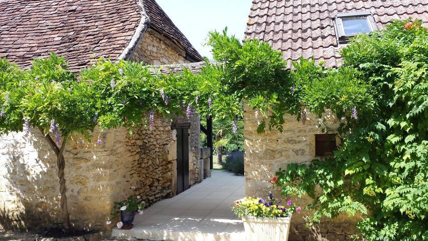 Lascaux Périgord noir et piscine à volonté - Auriac-du-Périgord