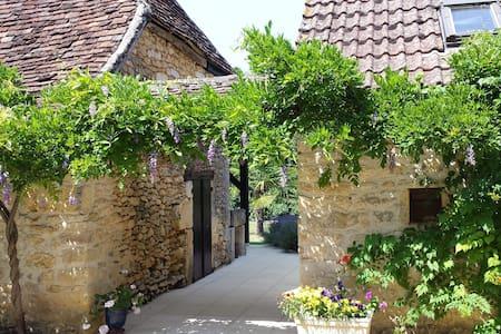 Charme du Périgord Noir-Lascaux - Auriac-du-Périgord
