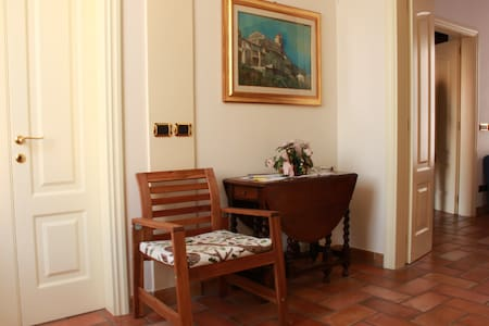 Floor in historic building - Porto San Giorgio - Apartment