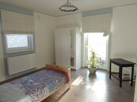 2 Zimmer für 2 Pers.in Haus mit gehob. Ausstattung