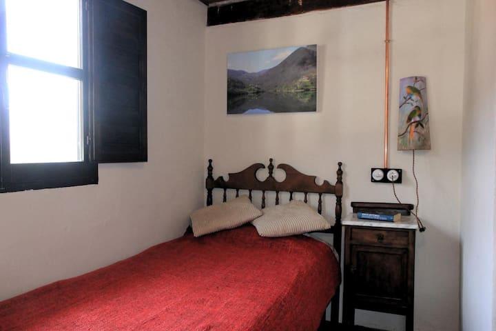 Bedroom 3 - One single bed