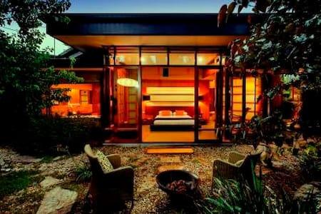 Yoko Villa- Japanese Villa