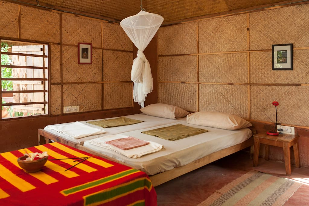 Ayurveda yoga eco resort chambres d 39 h tes louer for Chambre yoga
