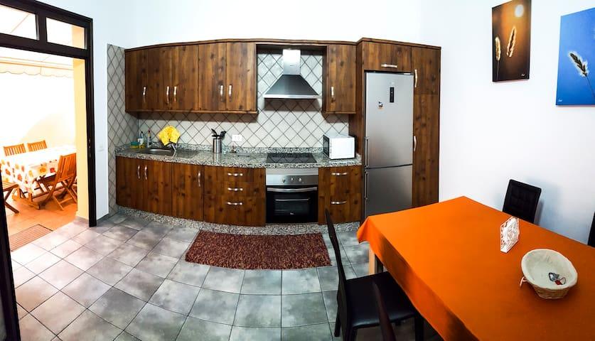 Casa terrera El Lomo