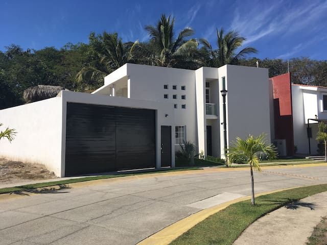 Beautiful comfortable and  Relaxing house - Bucerias - Hus