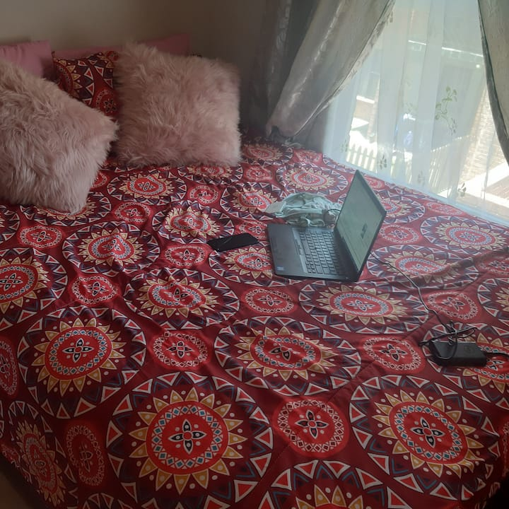 Neat Beautiful bedroom available