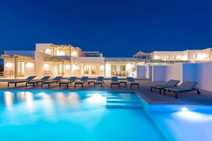 Zorbas' Seaview Villa 2