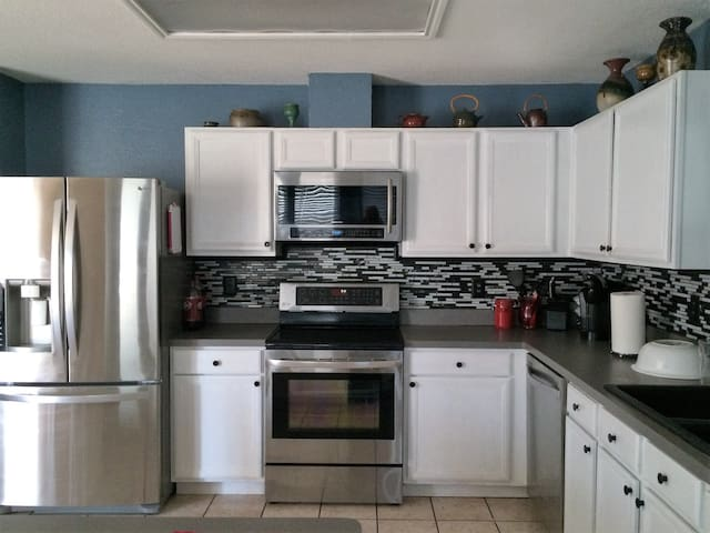 Spacious comfy home with all modern features - Arlington - Σπίτι