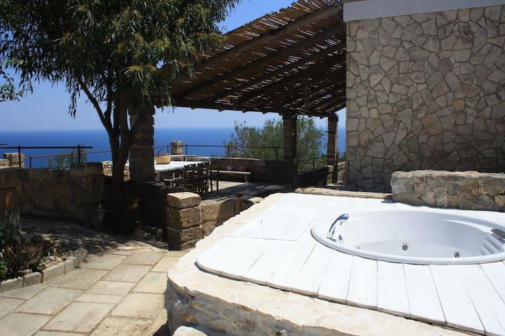 small Villa with panoramic coastal views - Tiggiano (LE) - Villa