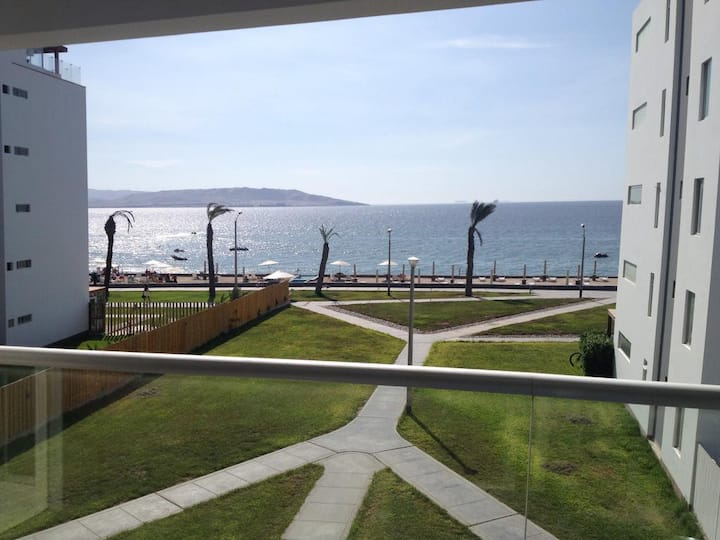 Ocean View Apartment in Paracas