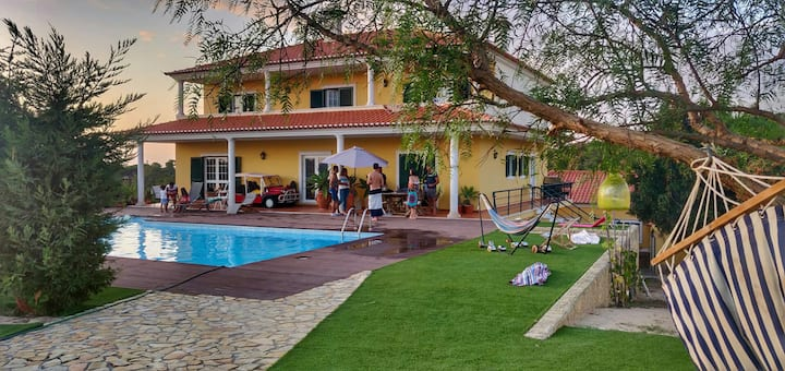 Luxury villa near Ericeira and Mafra