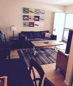 Modern 1 Bedroom in heart of Weho - West Hollywood - Apartment