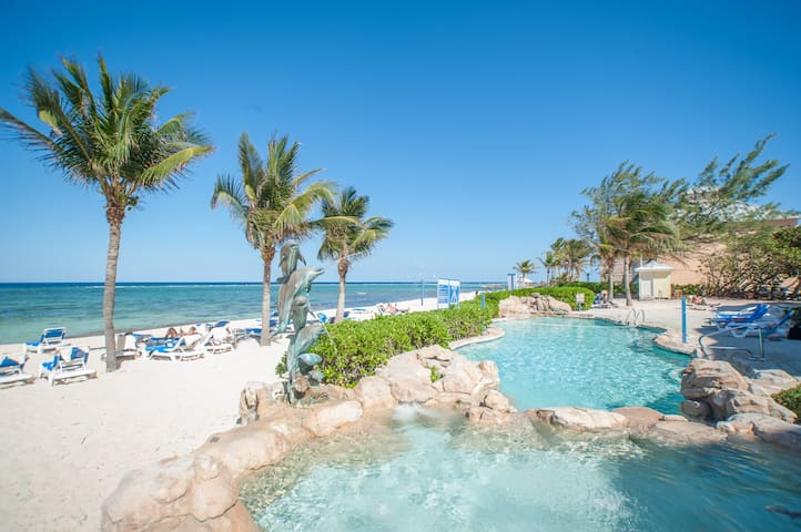 10 Steps To The Beach-Castaways Cove!  Cayman