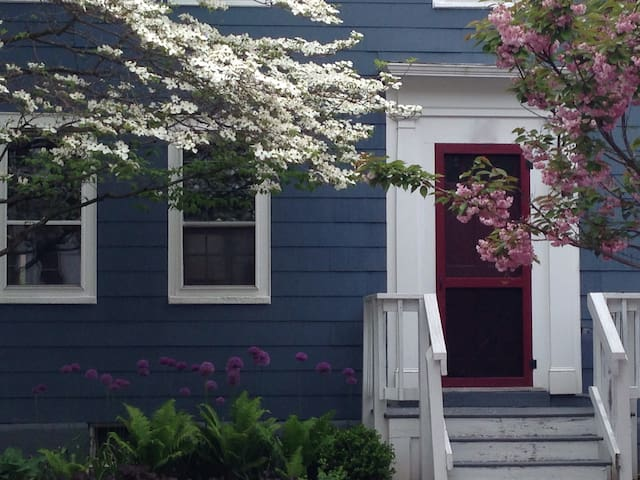 Artist's Home in Cultural Hub - Portsmouth - House