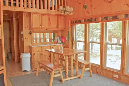 Upscale Family Camping Near Lake MI Buy2Get 1 May - Three Oaks - Hytte