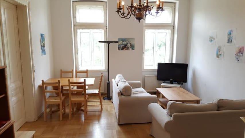 Zentrales Zimmer in Wien 1090