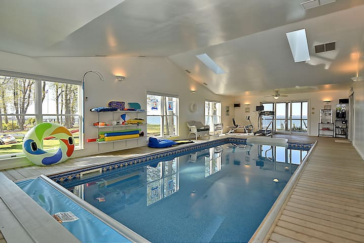 Private Beach w/Indoor Pool - 2 hrs From DC