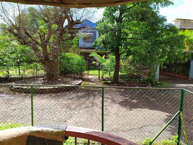 Full Furnish Rowhouse+Pvt Garden, Lonavala city