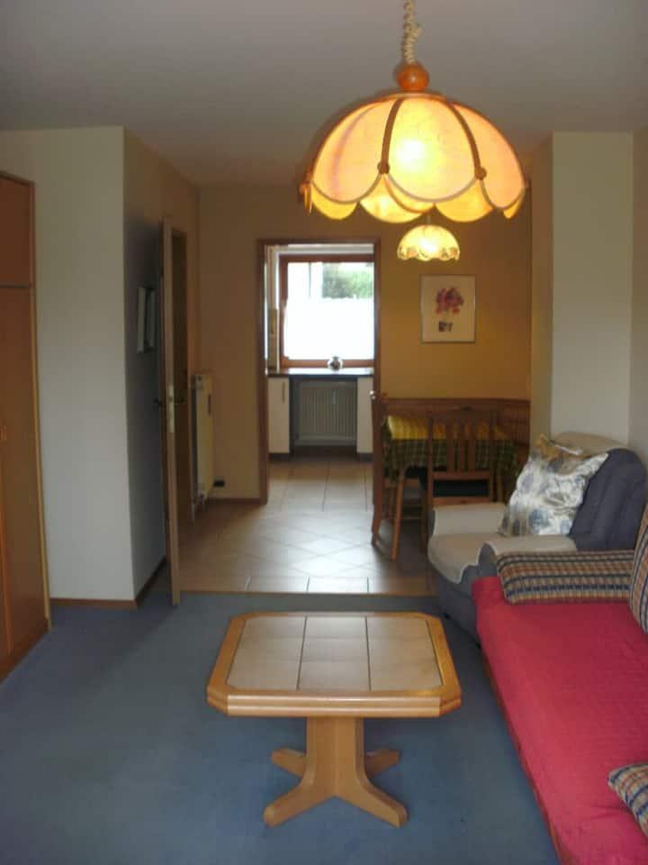 Haus Sonne (Kirchham), Apartment 3 im Asterweg 3 - Reihenhaus mit Garten bzw. Südbalkon