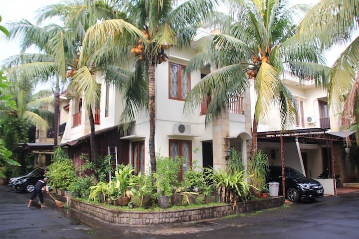 Lovely Place in South Jakarta - Jakarta Selatan - Casa