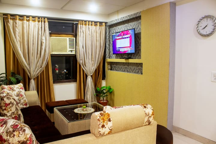 Fully Furnished 1BHK Condominium