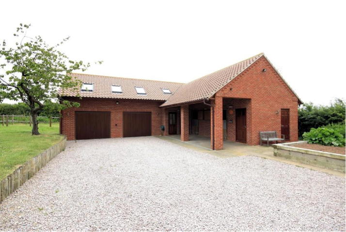 The Stables - Costock - Flat