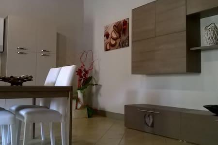 PICCOLO BORGO - Rassina - Leilighet