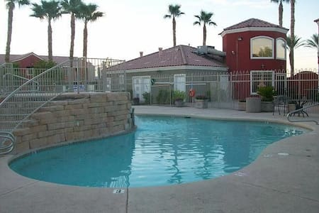 2bed 2bath themed condo - Las Vegas