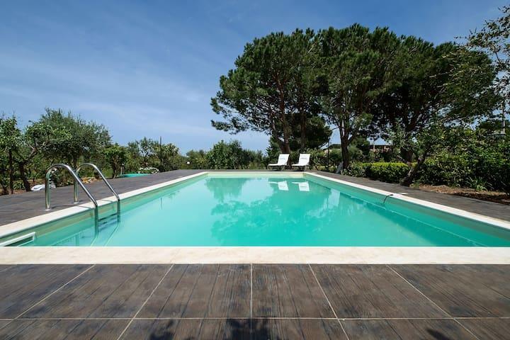 Villetta con grande giardino  - altavilla milicia - Hus