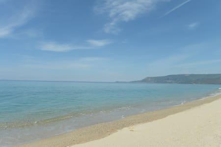 Residence a ridosso della spiaggia - San Ferdinando