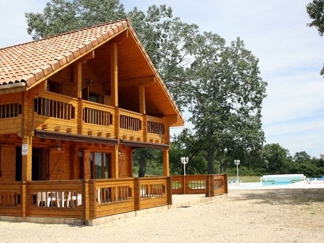 Summer lodge with private pool - Montagnac-sur-Lède - Chalet