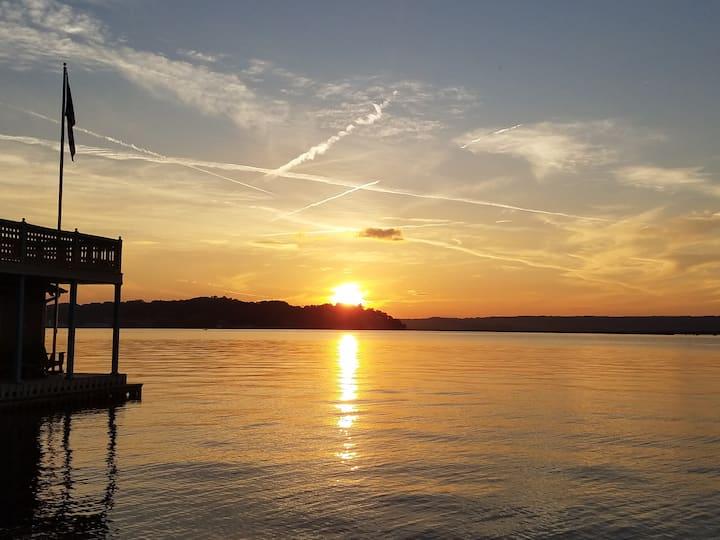 Perfect Timing on Lake Guntersville!