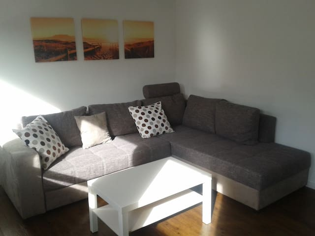 Modern eingerichtete Wohnung - Windach - Apartemen