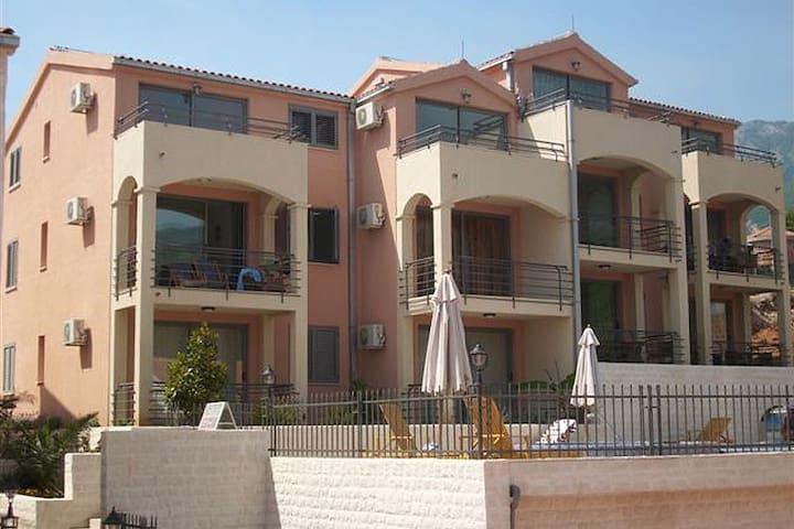 Becici Sunset Apartments in Budva