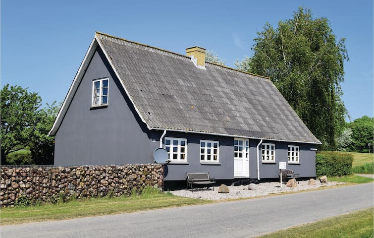Holiday cottage with 2 bedrooms on 97m² in Humble
