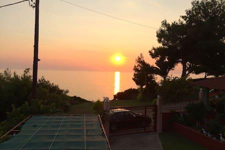 Ηλιοβασίλεμα Ποτίδαια Sunset - Νέα Ποτιδαια